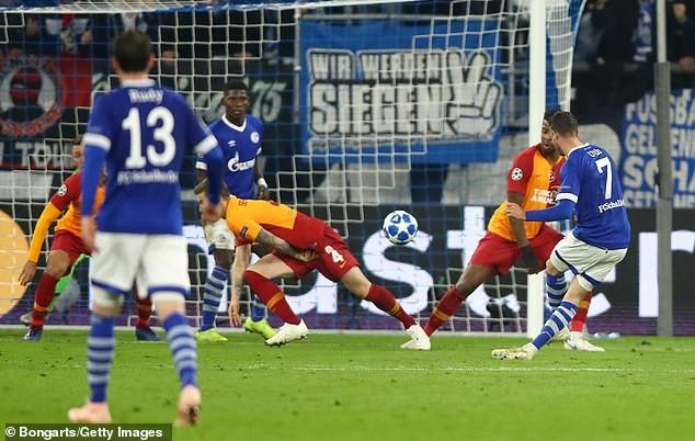 Liverpool thua sốc, Napoli và PSG tiếp tục cầm chân nhau - ảnh 4