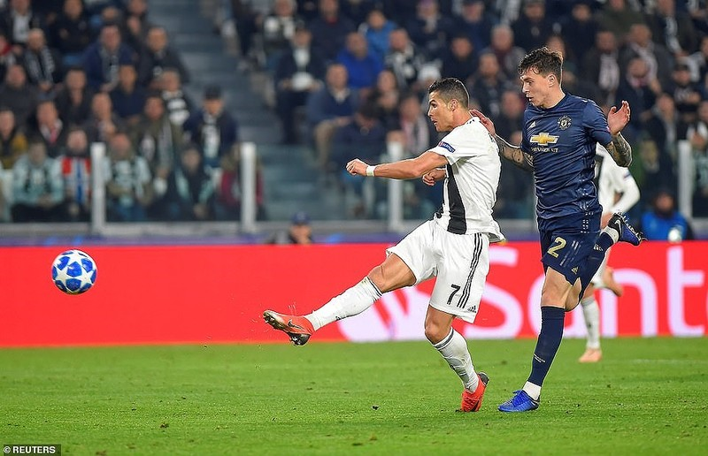 MU ngoạn mục đánh bại Juventus, Real Madrid thắng 'hủy diệt' - ảnh 3