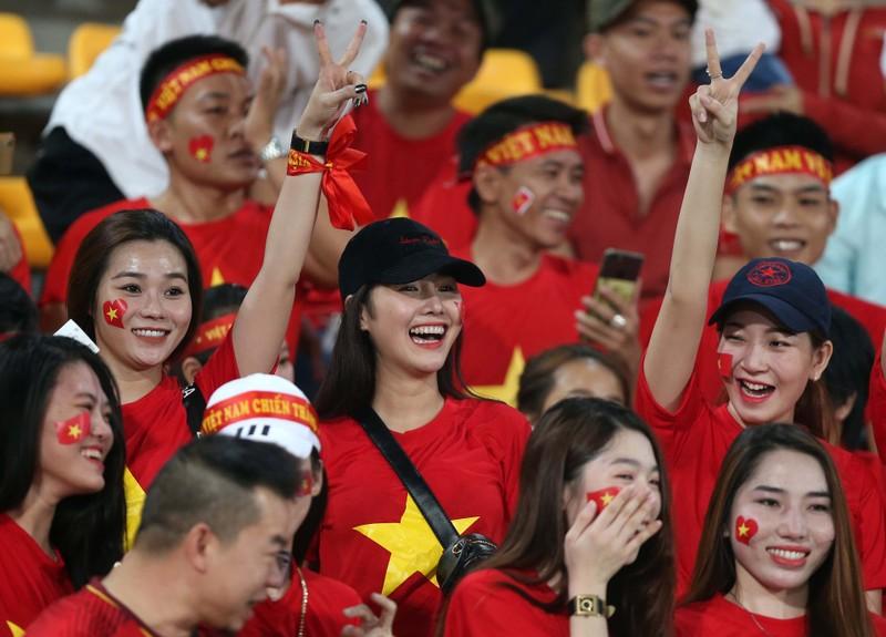 Thắng đậm Lào, Việt Nam khởi đầu mỹ mãn tại AFF Cup 2018 - ảnh 16