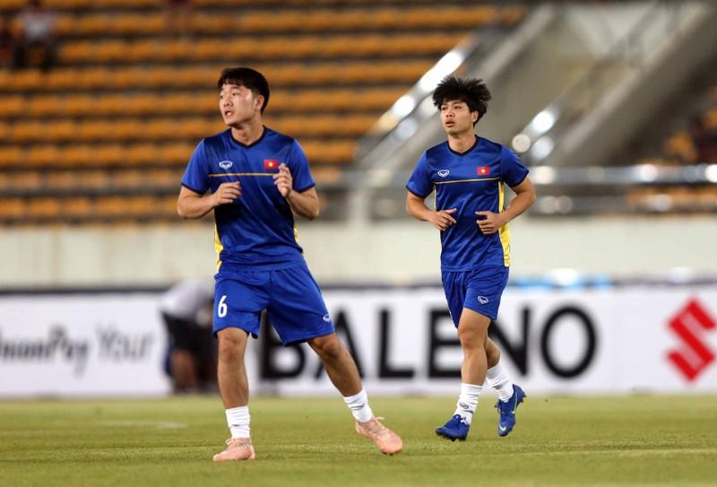 Thắng đậm Lào, Việt Nam khởi đầu mỹ mãn tại AFF Cup 2018 - ảnh 12