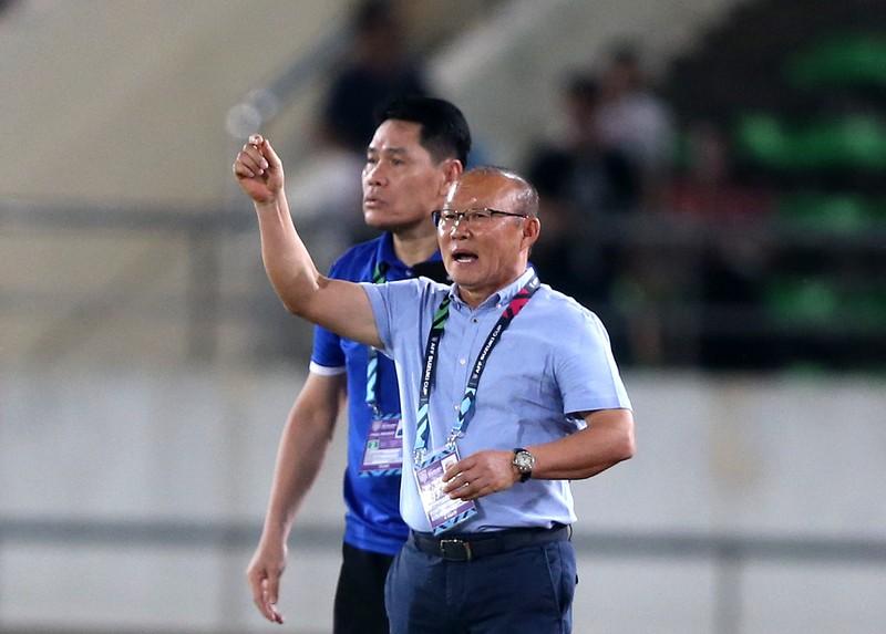 Thắng đậm Lào, Việt Nam khởi đầu mỹ mãn tại AFF Cup 2018 - ảnh 6