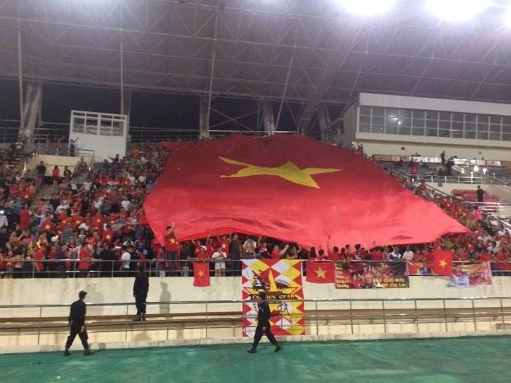 Thắng đậm Lào, Việt Nam khởi đầu mỹ mãn tại AFF Cup 2018 - ảnh 18