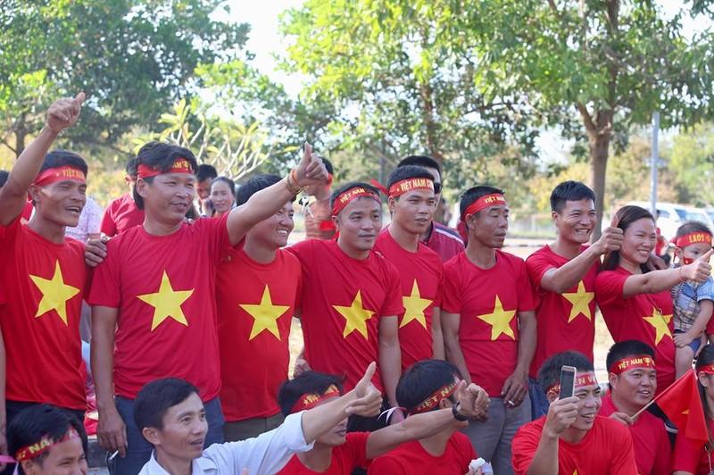 Thắng đậm Lào, Việt Nam khởi đầu mỹ mãn tại AFF Cup 2018 - ảnh 35