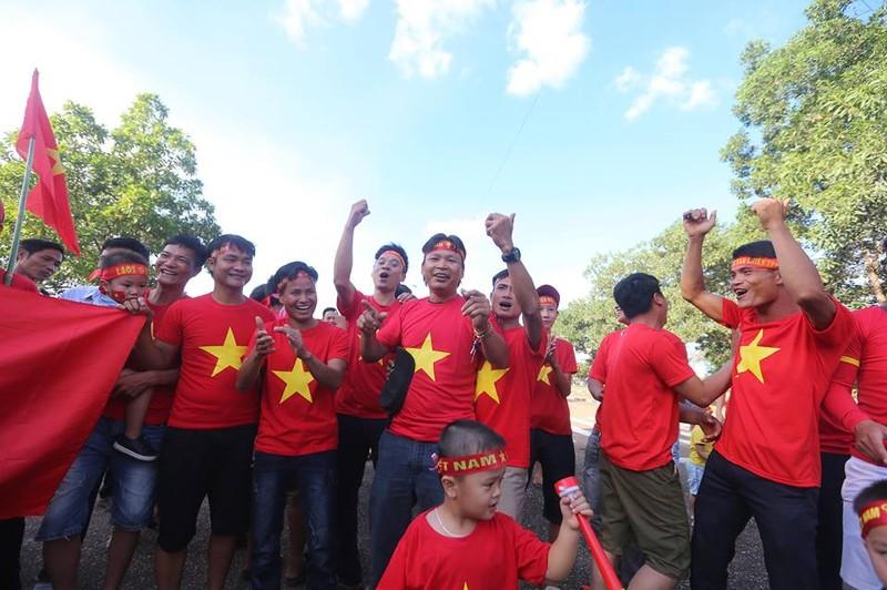 Thắng đậm Lào, Việt Nam khởi đầu mỹ mãn tại AFF Cup 2018 - ảnh 27