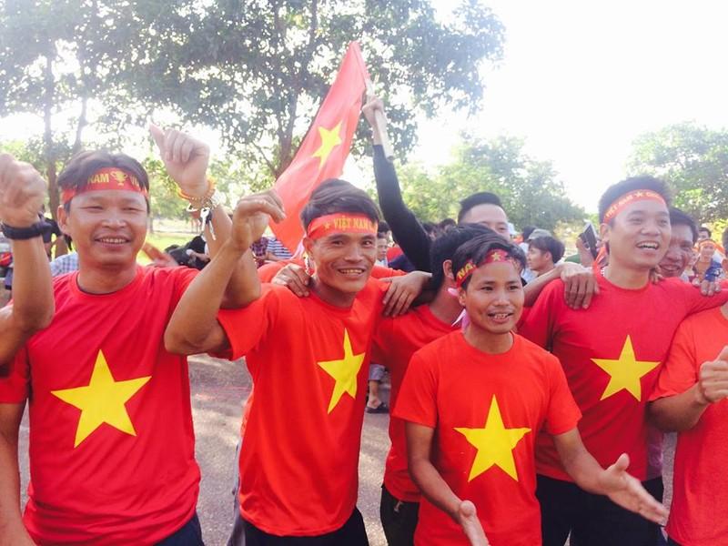 Thắng đậm Lào, Việt Nam khởi đầu mỹ mãn tại AFF Cup 2018 - ảnh 31