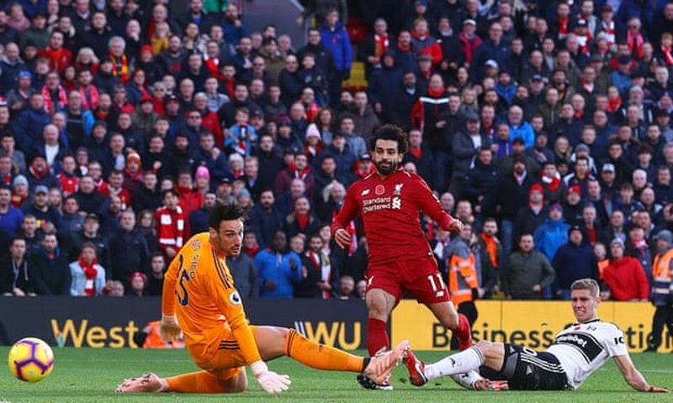 Đánh bại đội cuối bảng, Liverpool vươn lên ngôi đầu - ảnh 3