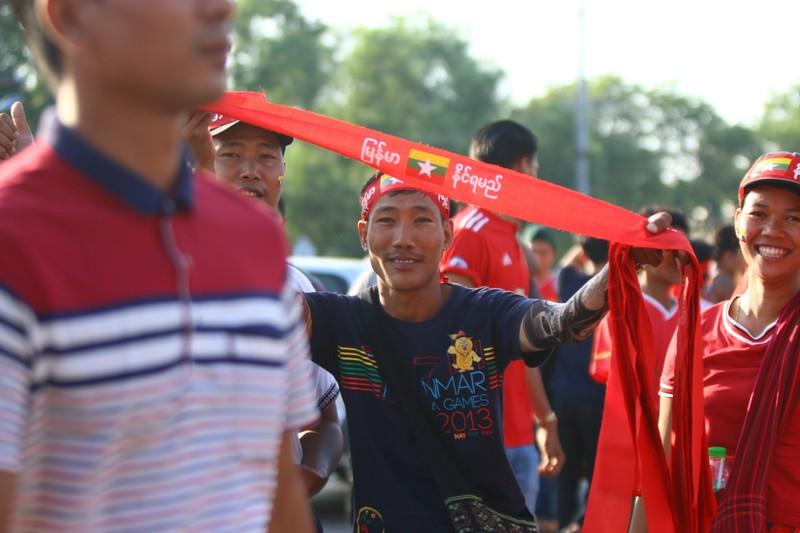 Bất lực tìm bàn thắng, Việt Nam chia điểm Myanmar - ảnh 33