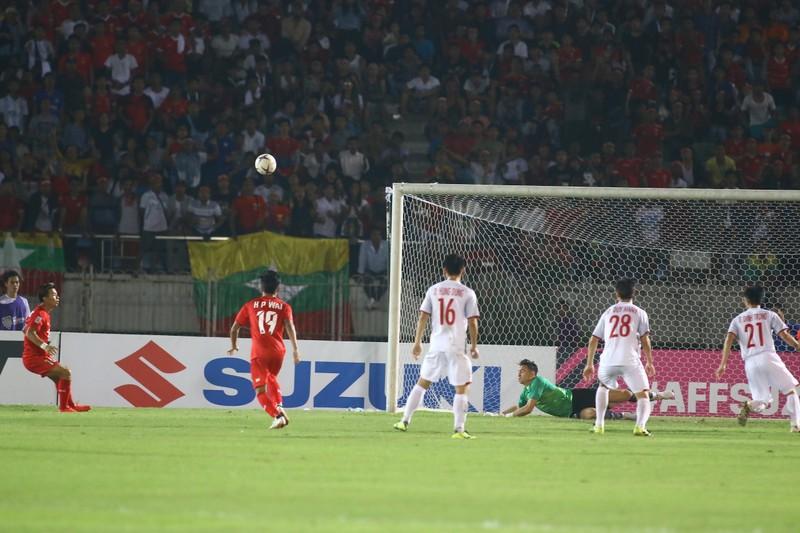 Bất lực tìm bàn thắng, Việt Nam chia điểm Myanmar - ảnh 5