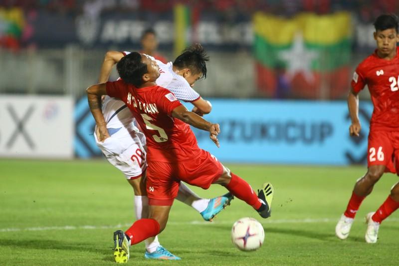 Bất lực tìm bàn thắng, Việt Nam chia điểm Myanmar - ảnh 9