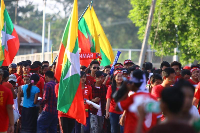 Bất lực tìm bàn thắng, Việt Nam chia điểm Myanmar - ảnh 32