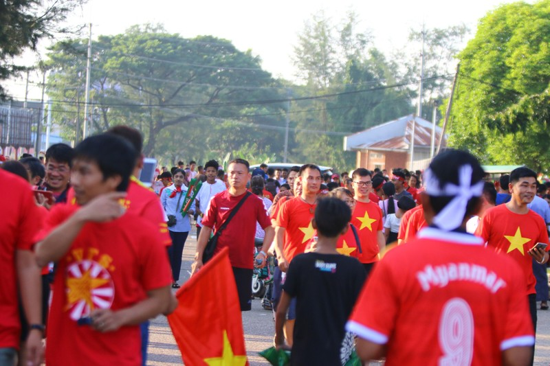 Bất lực tìm bàn thắng, Việt Nam chia điểm Myanmar - ảnh 46