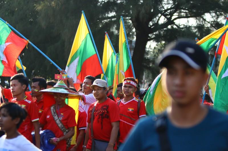 Bất lực tìm bàn thắng, Việt Nam chia điểm Myanmar - ảnh 35
