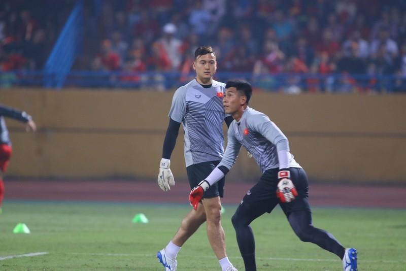 Thắng dễ Campuchia, Việt Nam vào bán kết AFF Cup với ngôi đầu - ảnh 22