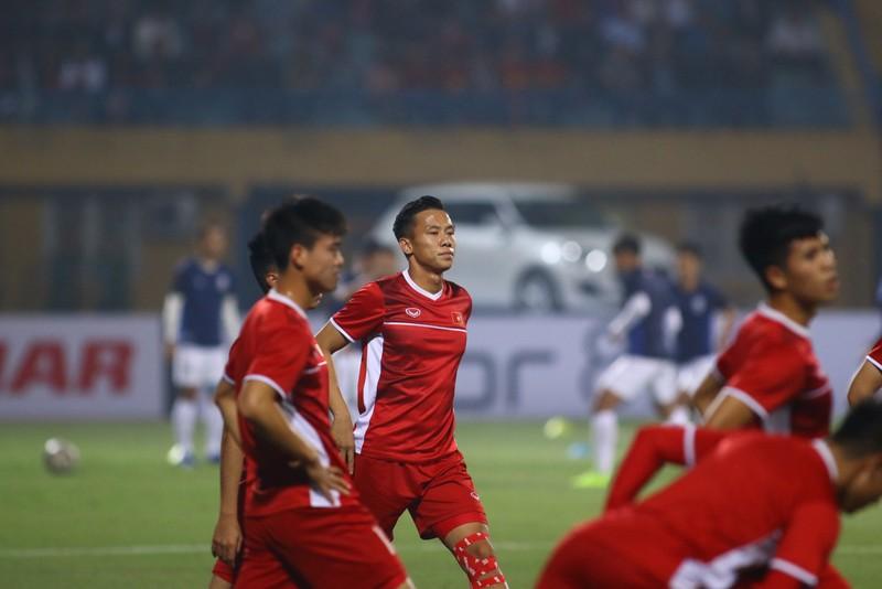 Thắng dễ Campuchia, Việt Nam vào bán kết AFF Cup với ngôi đầu - ảnh 28