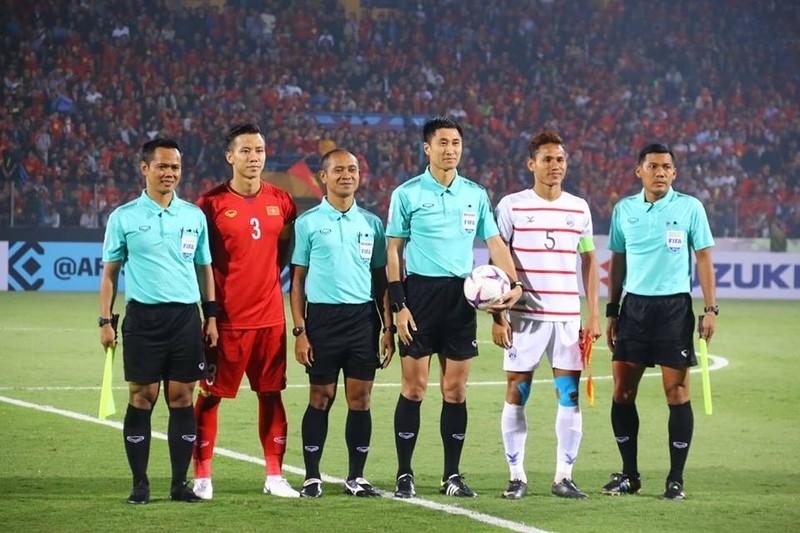Thắng dễ Campuchia, Việt Nam vào bán kết AFF Cup với ngôi đầu - ảnh 21