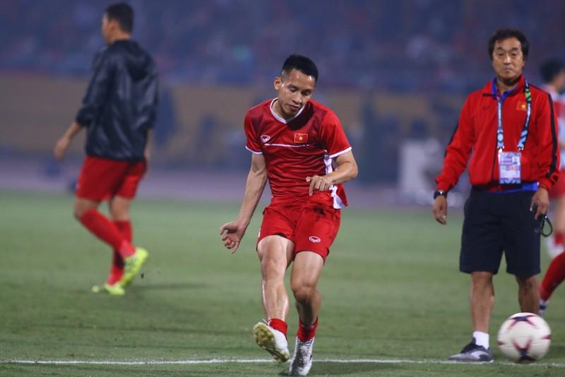 Thắng dễ Campuchia, Việt Nam vào bán kết AFF Cup với ngôi đầu - ảnh 30