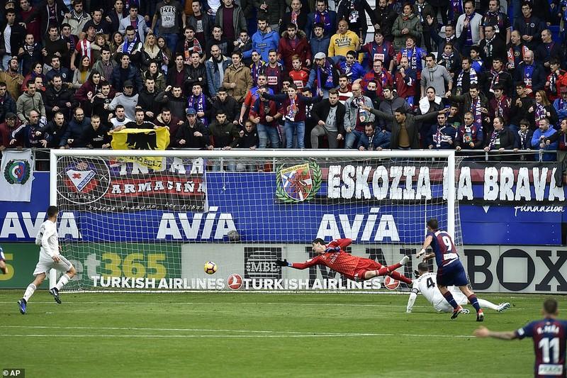 Real Madrid thua đậm cực sốc trước Eibar - ảnh 2
