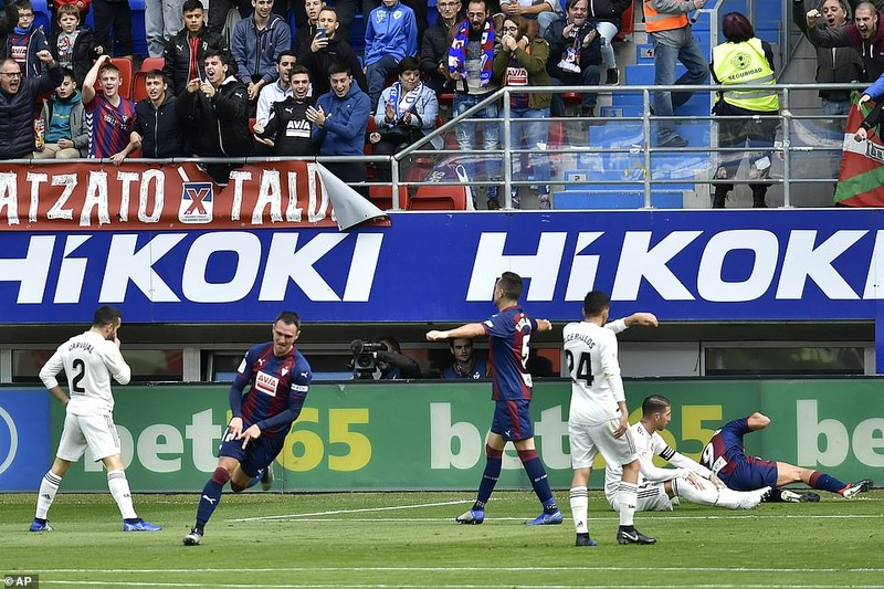 Real Madrid thua đậm cực sốc trước Eibar - ảnh 3