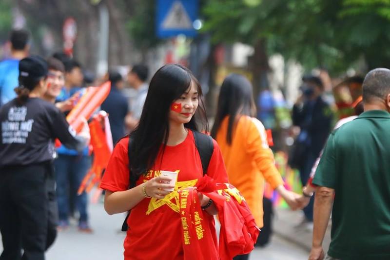 Thắng dễ Campuchia, Việt Nam vào bán kết AFF Cup với ngôi đầu - ảnh 60