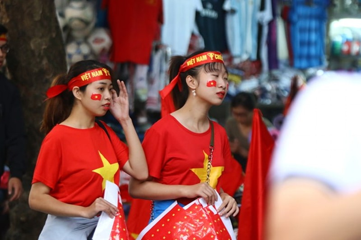 Thắng dễ Campuchia, Việt Nam vào bán kết AFF Cup với ngôi đầu - ảnh 62