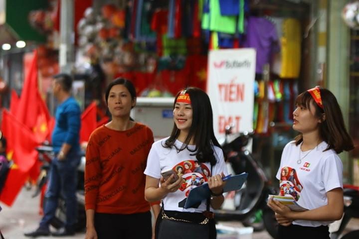 Thắng dễ Campuchia, Việt Nam vào bán kết AFF Cup với ngôi đầu - ảnh 63