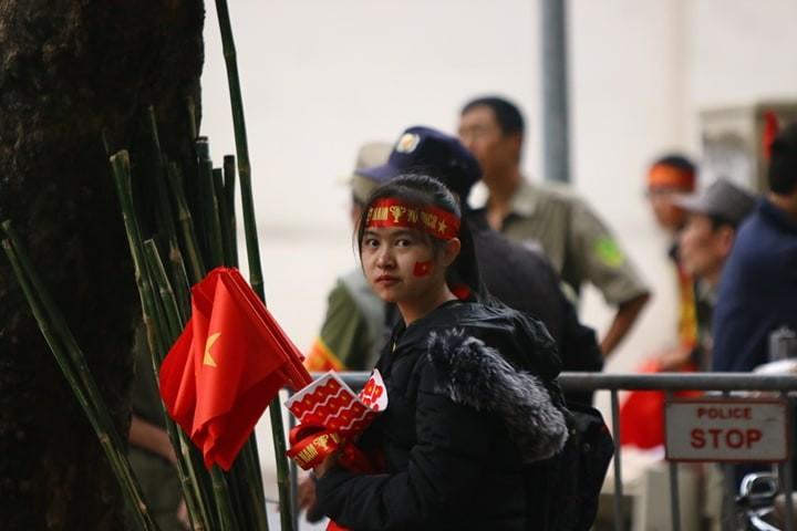 Thắng dễ Campuchia, Việt Nam vào bán kết AFF Cup với ngôi đầu - ảnh 66