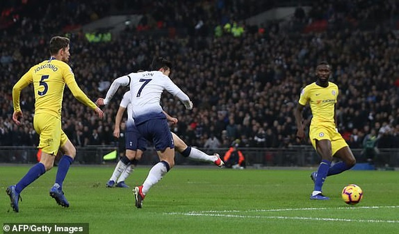 Thua thảm Tottenham, Chelsea cay đắng nhìn đối thủ vượt mặt - ảnh 3