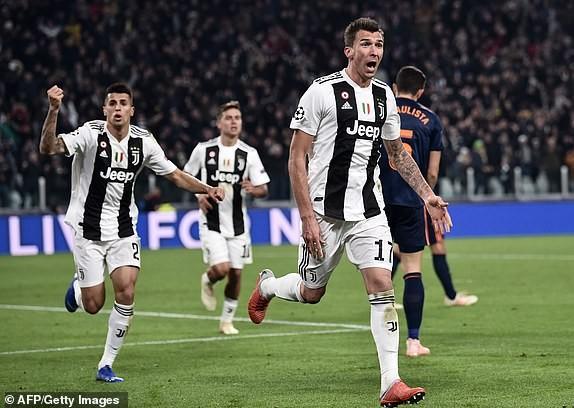 Real Madrid thắng thuyết phục, Man United may mắn vượt cửa hẹp - ảnh 5
