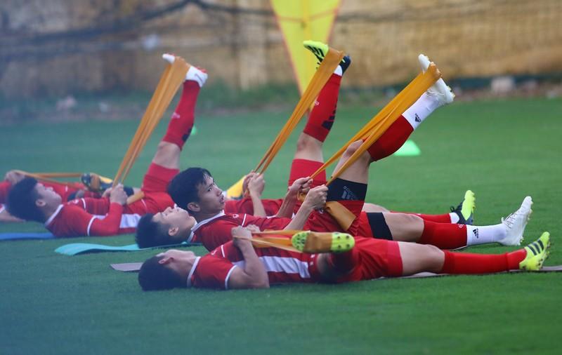 Vị khách đặc biệt trong buổi tập của đội tuyển Việt Nam - ảnh 20