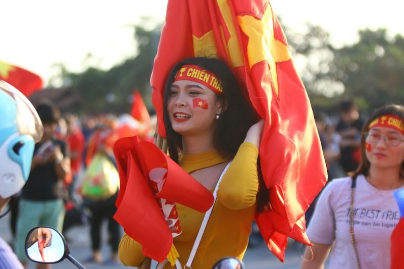 Philippines kiên cường, Việt Nam vất vả vào chung kết AFF Cup - ảnh 42
