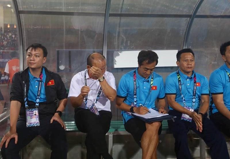 Philippines kiên cường, Việt Nam vất vả vào chung kết AFF Cup - ảnh 13