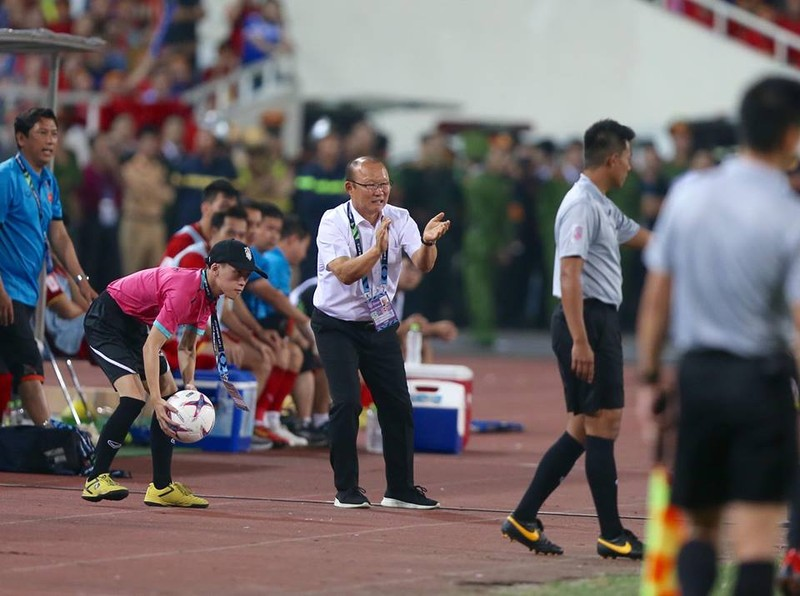 Philippines kiên cường, Việt Nam vất vả vào chung kết AFF Cup - ảnh 14