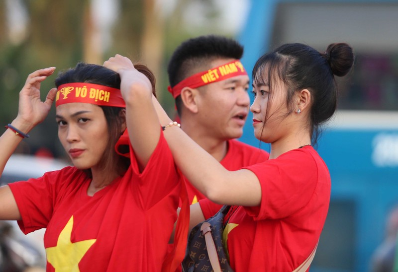 Philippines kiên cường, Việt Nam vất vả vào chung kết AFF Cup - ảnh 38