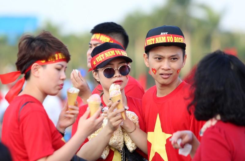 Philippines kiên cường, Việt Nam vất vả vào chung kết AFF Cup - ảnh 30