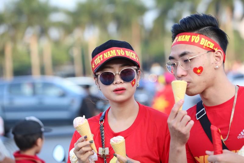Philippines kiên cường, Việt Nam vất vả vào chung kết AFF Cup - ảnh 33