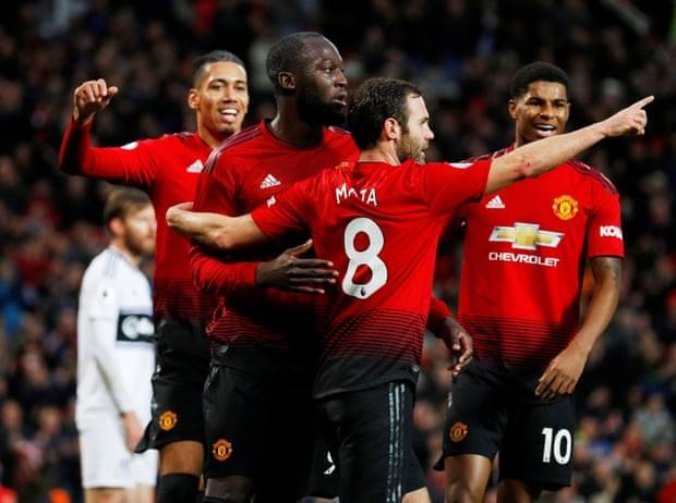 Man. United bùng nổ trên sân nhà, Arsenal thắng chật vật - ảnh 3
