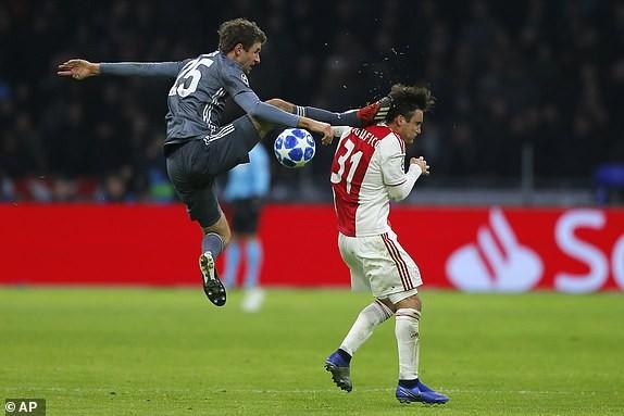 Bayern Munich hòa kịch tính, Man. City thắng nhọc trên sân nhà - ảnh 1