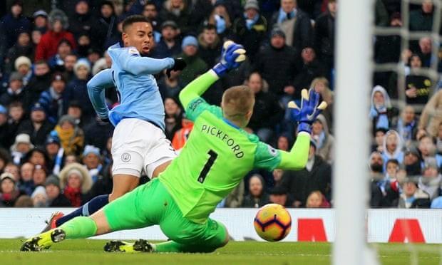 Thắng thuyết phục Everton, Man. City tái chiếm ngôi đầu bảng - ảnh 1