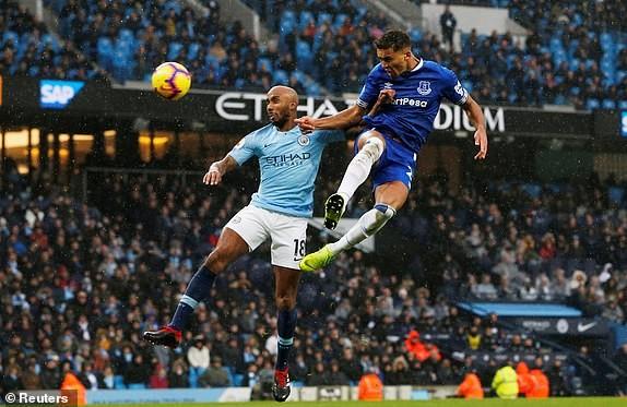 Thắng thuyết phục Everton, Man. City tái chiếm ngôi đầu bảng - ảnh 4