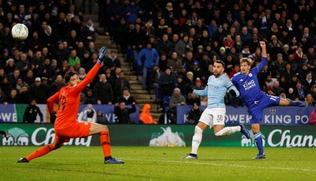 Hạ Leicester City trên loạt 'đấu súng', Man. City vào bán kết  - ảnh 3