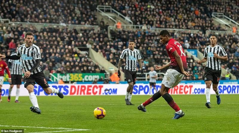 MU thắng 4 trận liền, mơ bay vào Top 4 Premier League - ảnh 4