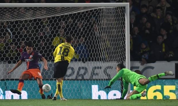 Ghi 10 bàn vào lưới đối thủ, Man City vào chung kết League Cup - ảnh 3