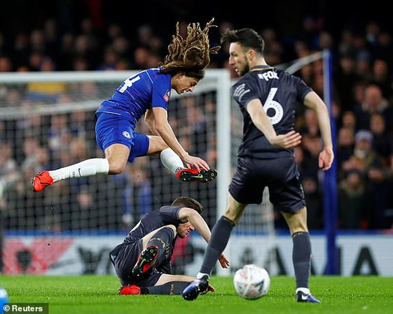 Tottenham thua sốc, Chelsea 'nối gót' MU, Man City ở FA Cup - ảnh 1