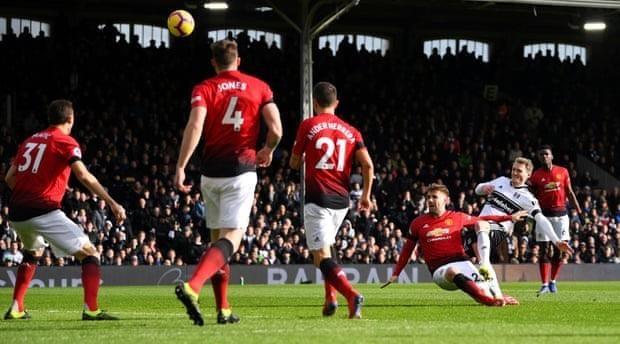 MU và Solskjaer thăng hoa, 'bay' vào Top 4 Premier League - ảnh 1