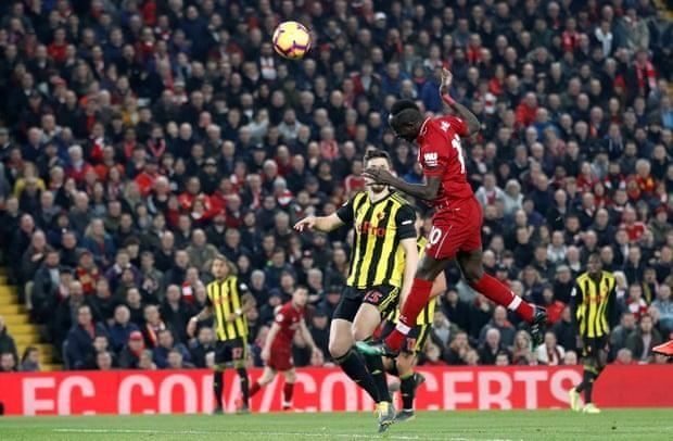 Liverpool thắng 'hủy diệt', Man City nhọc nhằn kiếm 3 điểm - ảnh 1
