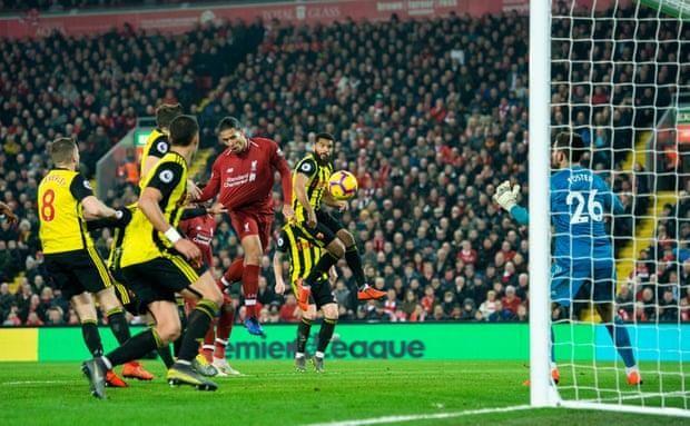 Liverpool thắng 'hủy diệt', Man City nhọc nhằn kiếm 3 điểm - ảnh 4