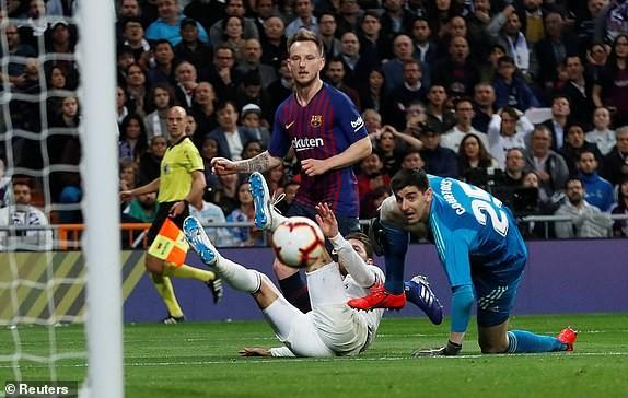 Barcelona lại cho Real Madrid ôm hận siêu kinh điển - ảnh 2