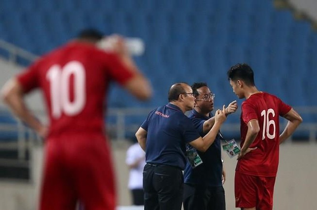 Người hùng Việt Hưng giúp U23 VN hạ U23 Indonesia phút bù giờ - ảnh 36
