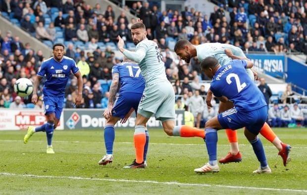Trọng tài tiếp tay giúp Chelsea ngược dòng thắng Cardiff - ảnh 5