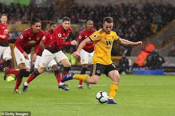 Smalling 'đốt đền', MU thua sốc trước Wolverhampton - ảnh 3